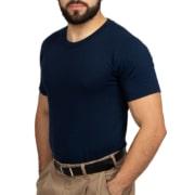 Playera cuello redondo: la favorita como ropa de trabajo
