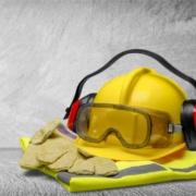 Riesgos químicos en el trabajo, accesorios indispensables para mantener la seguridad