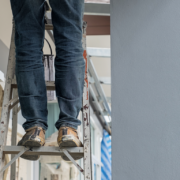 Pantalón de mezclilla industrial: indispensable para labores rudas
